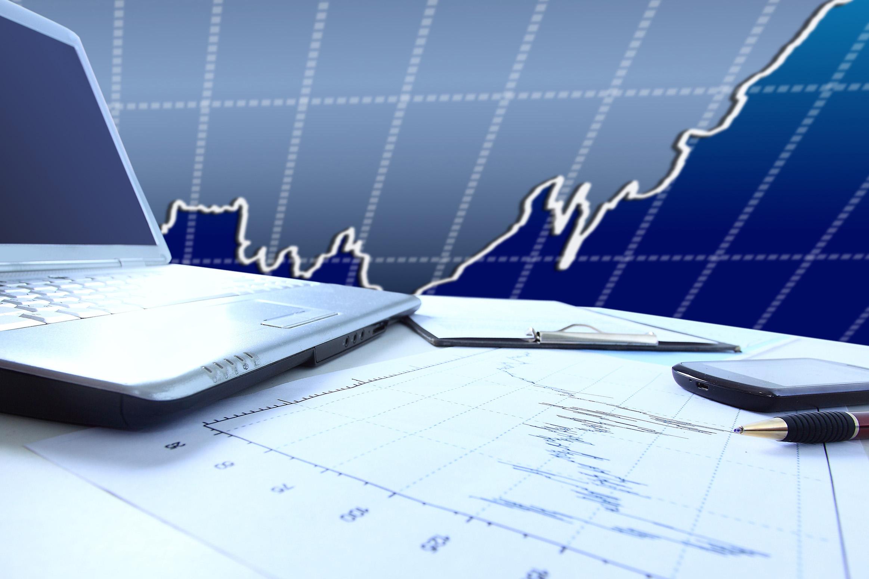 Finance_shutterstock_136651289_web
